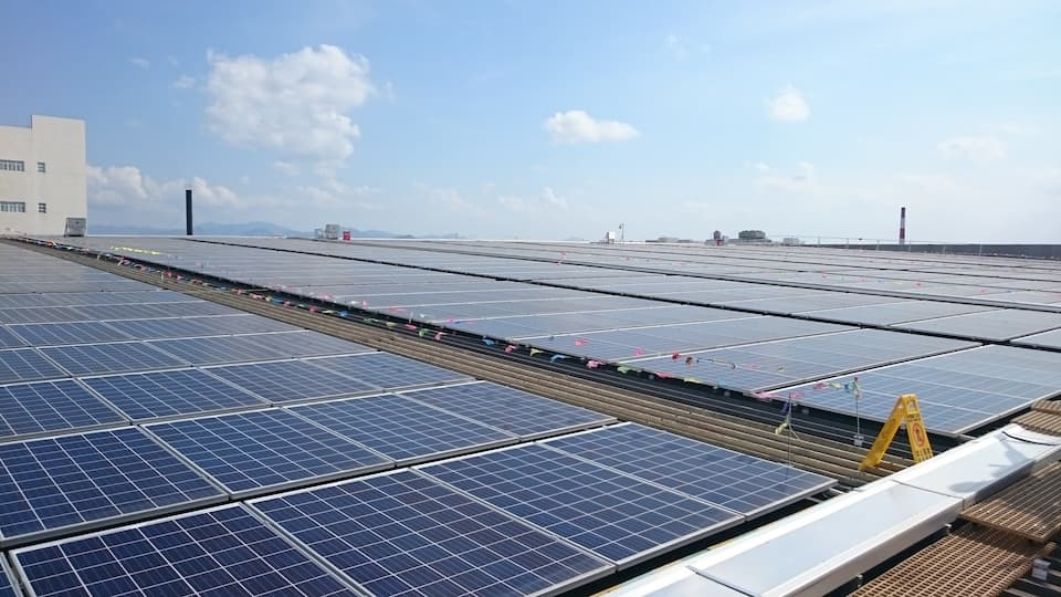 Photovoltaic power generation project in Lee Kum Kee Xinhui Production Base.
